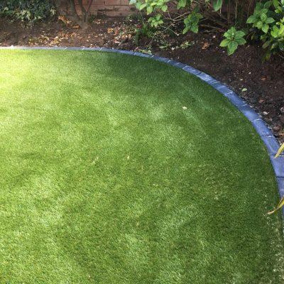 AGI Synthetic Grass Neat Edges